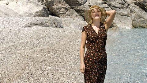 Få på deg solhatten og dypp tærne i det greske vannet.