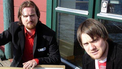 Frank Horn Hartvedt (t.v.) og Kurt Horn Hartvedt, Indoor Football Scandinavia og Fripolitisk Bevegelse.