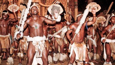 Vær blid og respektfull når du besøker urfolk, som disse zuluene i Sør-Afrika.