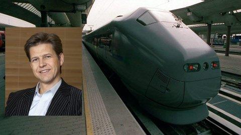 Sverre Høven, direktør for kommersiell og drift i Flytoget.