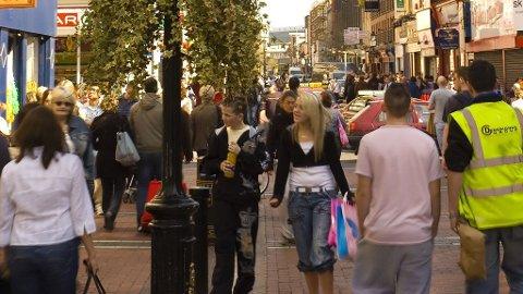 DUBLIN: Hva med litt shopping etter stranden? I Dublin får du i pose og sekk.