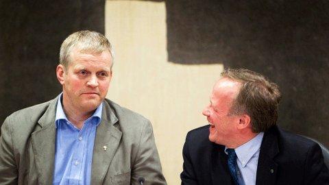 ENIGE: Nils T. Bjørke i Norges Bondelag og landbruks- og matminister Lars Peder Brekk har blitt enige i jordbruksoppgjøret.