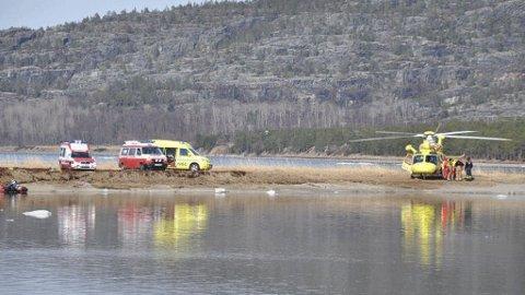 Tre barn i alderen 7-12 år gikk gjennom isen ved badestranden Lathari i Alta.