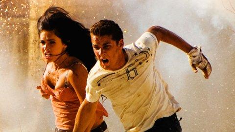 REDDER VERDEN: Shia LaBoeuf og Megan Fox i «Transformers 2».