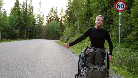 Andreas Kinn er født med Celebral Parese og er avhengig av rullestol. Men likevel planlegger han nå å dra på haiketur nedover Europa.
