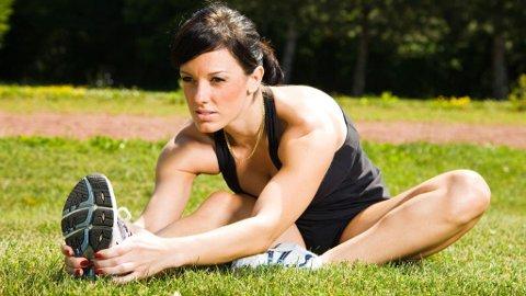 MUSKELSTMERTER: Selv om man tøyer godt ut, er det normalt å få gangsperre eller muskelsmerter dagen etter trening. Om du får det eller ikke, har imidlertid ingenting å si for muskelmassen.