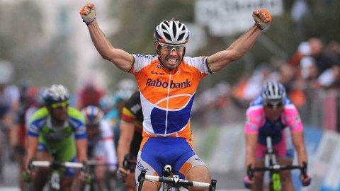 For tredje gang i karrieren suste spanske Oscar Freire først over målstreken i Sanremo. Da er det lov å juble!