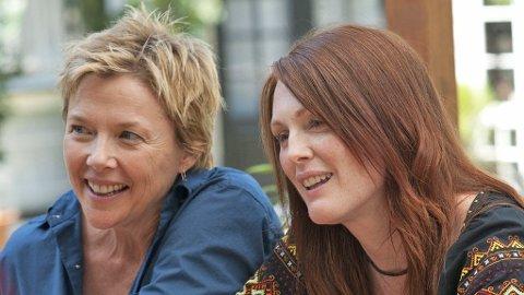 ANNETTE BENING og Julianne Moore som mangeårige samboere med barn i «The Kids Are Alright».