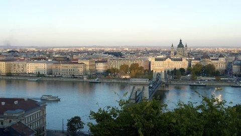Budapest er som en uforutsigbar diva; jålete og innbilsk, men samtidig vakker og lovende.