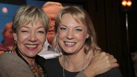 Generalsekretær I Flyktninghjelpen Elisabeth Rasmusson (t.v.) og aksjonsleder Christine Christine Svanæs under søndagens tv-aksjon.