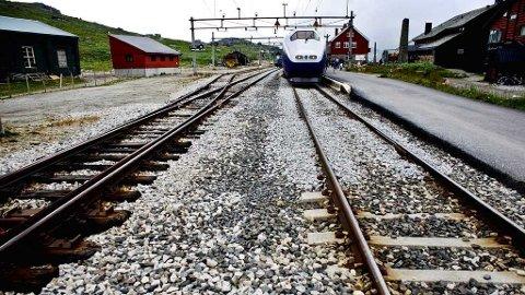STENGT: Bergensbanen blir stengt resten av uken.