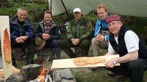 Sist gang Arne Hjeltnes dukket opp på TV 2 var da «Gutta på tur» gjorde et spetakulert comeback og hadde med seg kong Harald på tur.