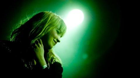 SJARMTROLL: Thea Glenton Raknes og resten av Norma Sass på by:Larm 2009.