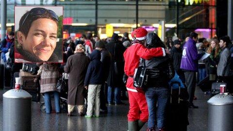 Monica Hovland hos SAS (innfelt) håper å få hjem julenissen, kjæresten hans og alle andre til julaften.