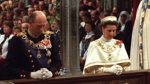 Kong Harald og dronning Sonja ble sammen signet i Nidarosdomen 23. juni 1991.