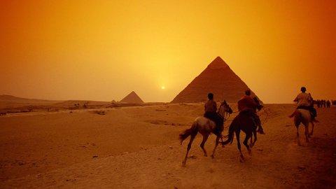 Myndighetene har begrenset mulighetene til å ri nær pyramidene i Giza, men det er likevel flust med ridemuligheter i Egypt.