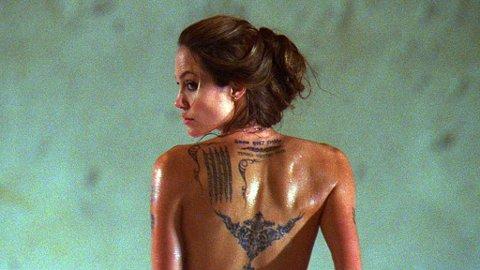 Angelina Jolie har vel neppe vært så hot og ikke minst farlig, som i rollen som Fox i filmen «Wanted».