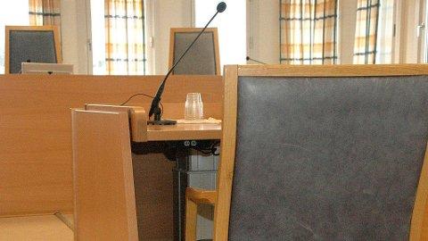 DØMT: Mannen er nå dømt til ett års fengsel og å betale 175.000 kroner i erstatning til sin tidligere samboer og hennes datter.