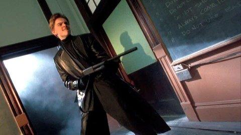 I en drømmesekvens i filmen Netter i New York går Leonardo di Caprios rollefigur amok med hagle i klasserommet. Barry Loukaitis etterlignet scenen i virkeligheten.