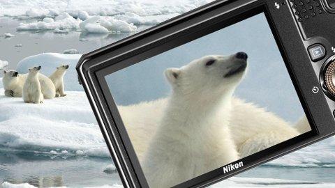 Nikon Coolpix S9100 har hele 18x zoom, men får likevel plass i lomma på turen til Arktis.