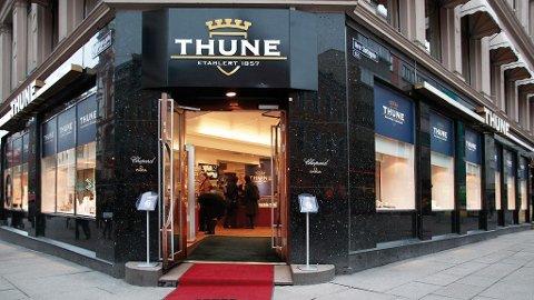 Thune er blant gullsmedene i Oslo som gjør gode penger på konfirmantgaver.