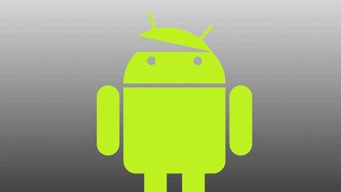 Tyske forskere har kommet frem til at nesten alle Android-baserte smarttelefoner gir fra seg personlig informasjon.