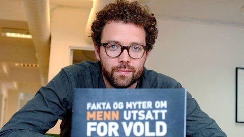 NEGLISJERES: Anders Huuse Kartzow mener kommuene svikter mange menn.