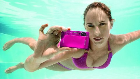 Med et vanntett kamera kan du fotografere livet under vann.
