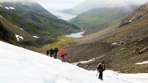 I Finmark er flere av isbreene lett tilgjengelig, som for eksempel Øksfjordjøkelen.