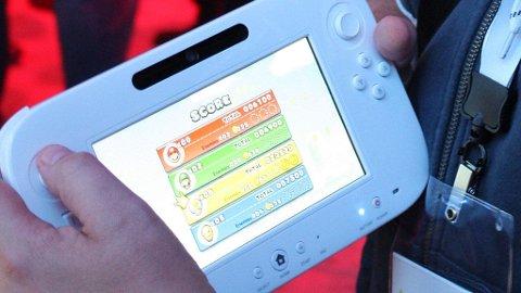Spillkontrolleren til Wii U er en blanding av en iPad, en bærbar konsoll og en vanlig håndkontroll.