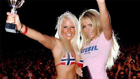 HEIT DUO: 23 år gamle Magrete Isabell Løvbrekke (til venstre) fra Haugesund overtar som Årets Gatebilbabe etter Annette Soknes.