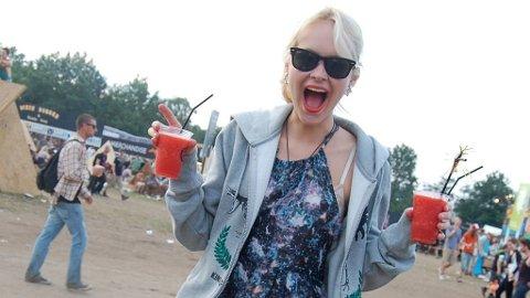 Blogger Linnea Myhre skal ha med seg to andre festivalbloggere på Øya.