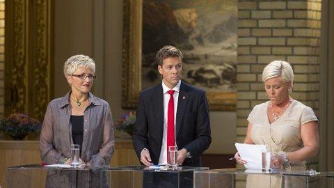 FAKTA OG KUNNSKAP: Krf-leder Knut Aril Hareide mener at man må spre mer kunnskap og fakta i innvandringsdebatten. Til venstre står Sp-leder Liv Signe Navarsete, til høyre Frp- leder Siv Jensen.