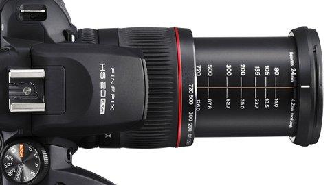 HS20 er Fujifilms mest avanserte superzoommodell.