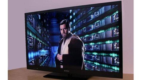 Sony KDL-46EX720 er en 46-tommers skjerm til under ti tusen kroner. Den presterer godt på de fleste punkter, også når det kommer til 3D.