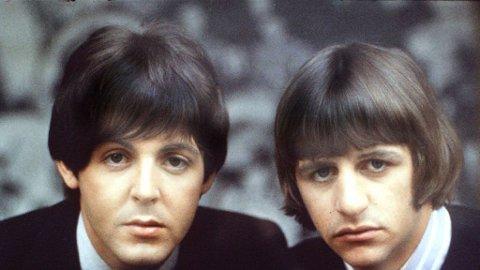 SMIL DA, KARER: The Beatles i et av sine mer alvorlige øyeblikk.