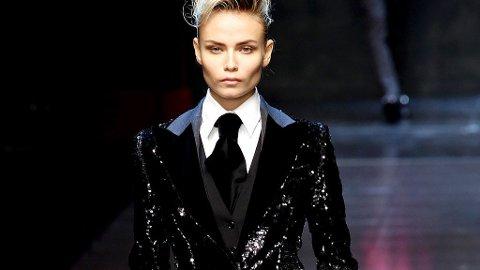 ADROGYNT og elegant på catwalken til Dolce & Gabbana.