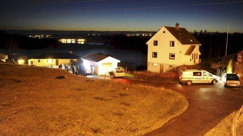 En åtte år gammel jente er funnet død i hjemmet sitt i Sund kommune