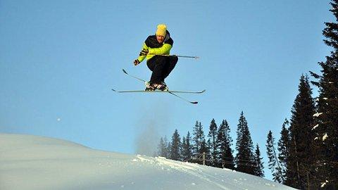 ÅPNER LØRDAG: Morgen Lewis fikk testet skiene sine 16. november i Kvitfjell.