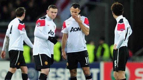 Rooney, Giggs og Park etter å ha sluppet inn mål mot Basel.