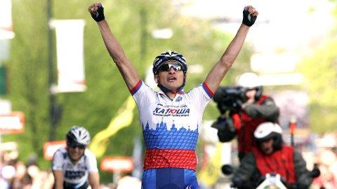 Vinner Amstel Gold Race (2009) foran Karsten Kroon (SaxoBank).