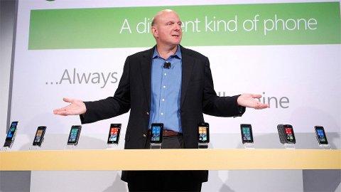 Microsoft sjefen Steve Ballmer må kutte for å få råd til bred omstrukturering av markedsavdelingen.