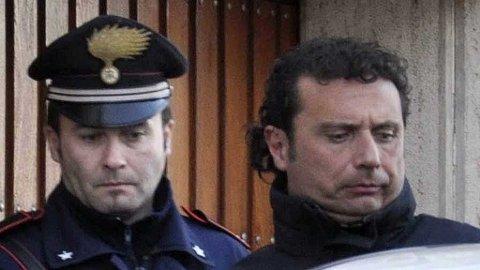 Francesco Schettino er kaptein på Costa Concordia.
