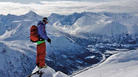 Denne utsikten kan du nyte om du blir med på festivalen Romsdalsvinter.