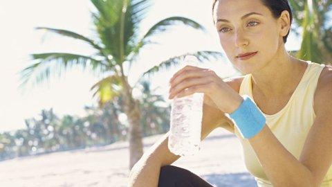 Kroppen er avhengig av vann, men det kan være livsfarlig å drikke uten å tenke.
