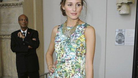 OLIVIA PALERMO: En kjole med blomstermønster er synonymt med sol og sommer.