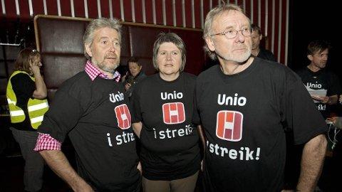 Leder av Politiets Fellesforbund, Arne Johannessen, Mimi Bjerkestrand, leder for utdanningsforbundet, og Anders Folkestad, leder av Unio på Klingenberg Kino under Streikestart for UNIO.