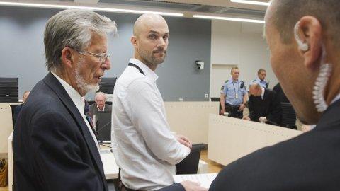 Eirik Johannesen og professor Einar Kringlen forklarte seg i rettssal 250 mandag i