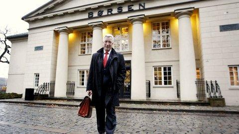 Finansminister Sigbjørn Johnsen besøker Oslo Børs.