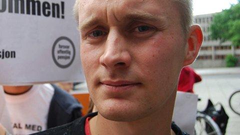 VIL FJERNE VOLDGIFTEN: Rødts Jo Skårderud tar til ordet for å ta fra staten muligheten til tvungen lønnsnemnd.